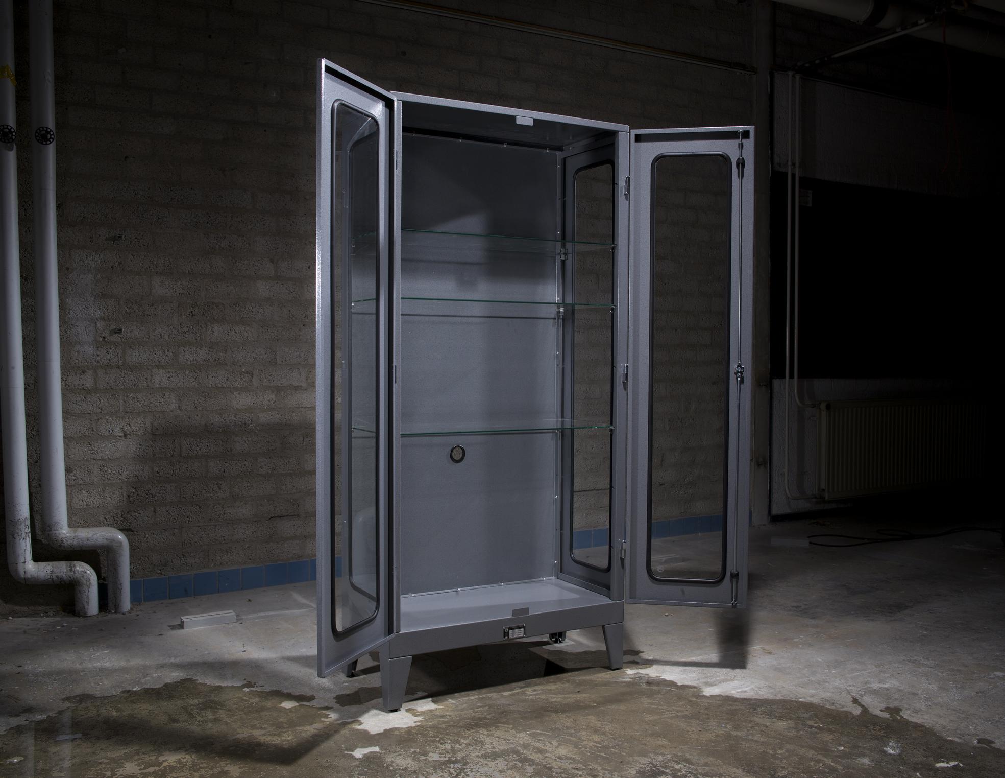 Industriele Kast Met Glas.Mk 1 2 In Atomic Grey New Industrialsnew Industrials