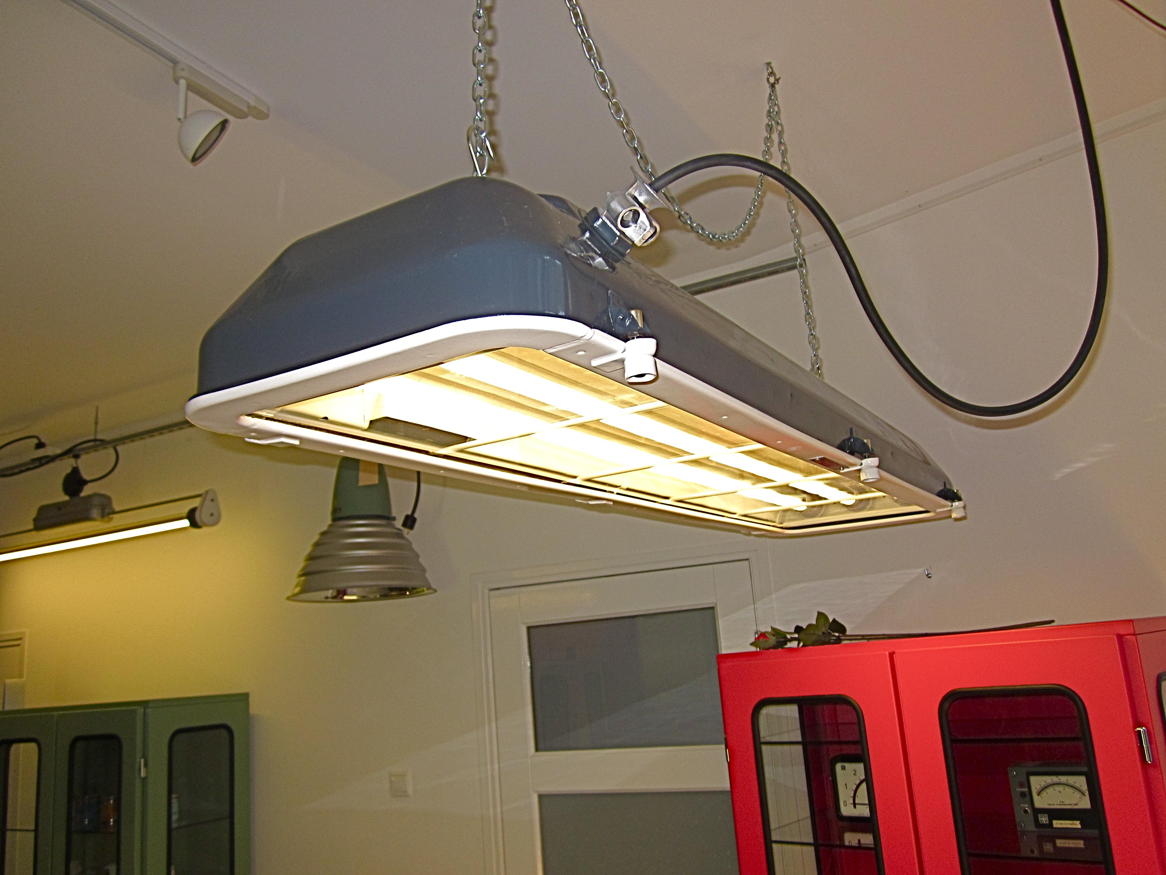 Industriele Lampen Outlet : Afbeelding industriele lamp archidev