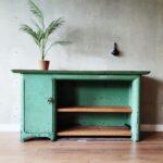 Industrieel dressoir, Stoere en robuuste vintage werkbank met mooie patina.